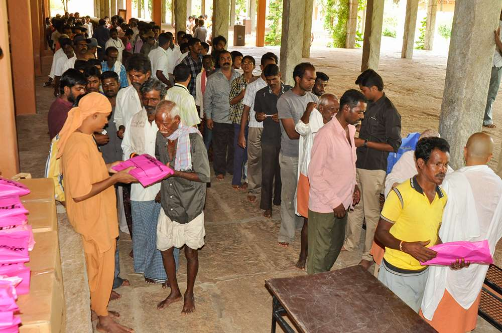 Dhothi Distribution for Sevadhars